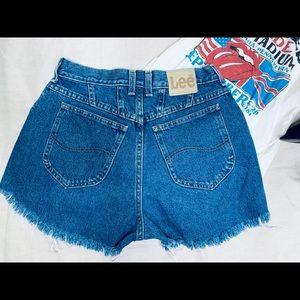 Vintage High waisted Lee jeans.